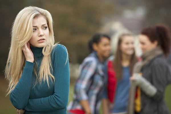 Anxietatea socială la adolescenţi