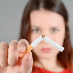 Copilul meu fumează – cum îl convingem să renunţe la ţigări