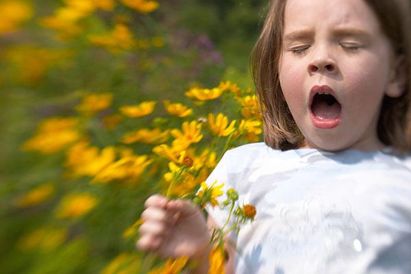 copil-alergic-la-polen