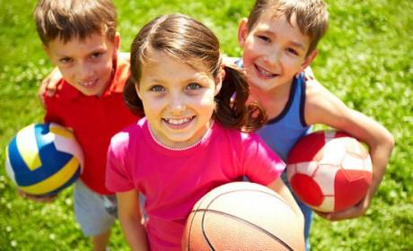 De ce este important să ne lăsăm copiii să facă sport?