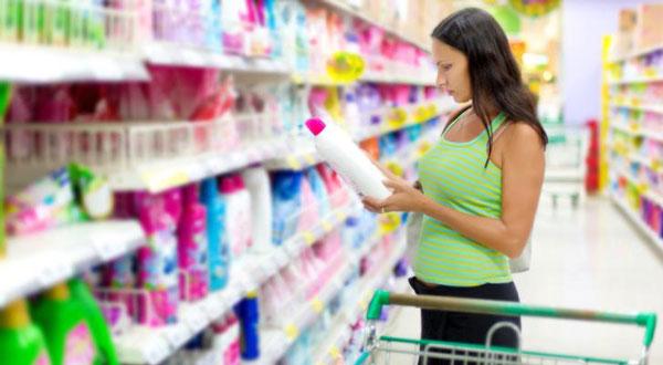 produse-de-curatenie-toxice-in-timpul-sarcinii