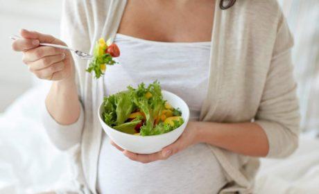 Ce trebuie să mâncăm în timpul sarcinii